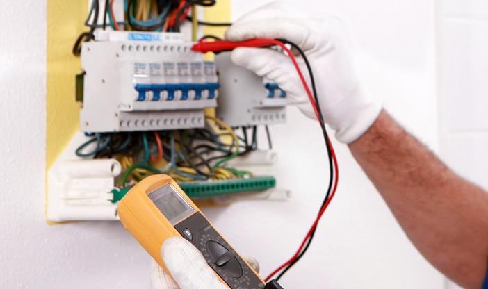 Cautati un electrician in sectorul 6 care sa va ofere servicii de specialitate la preturi rezonabile?