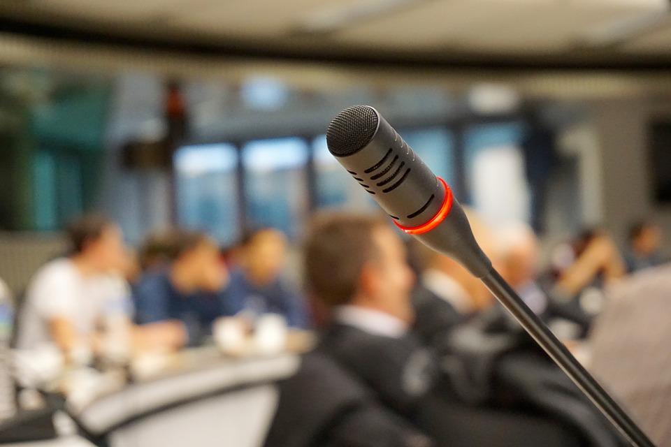 Invata cum sa iti promovezi eficient afacerea in cadrul unui eveniment, la conferinta din aceasta toamna