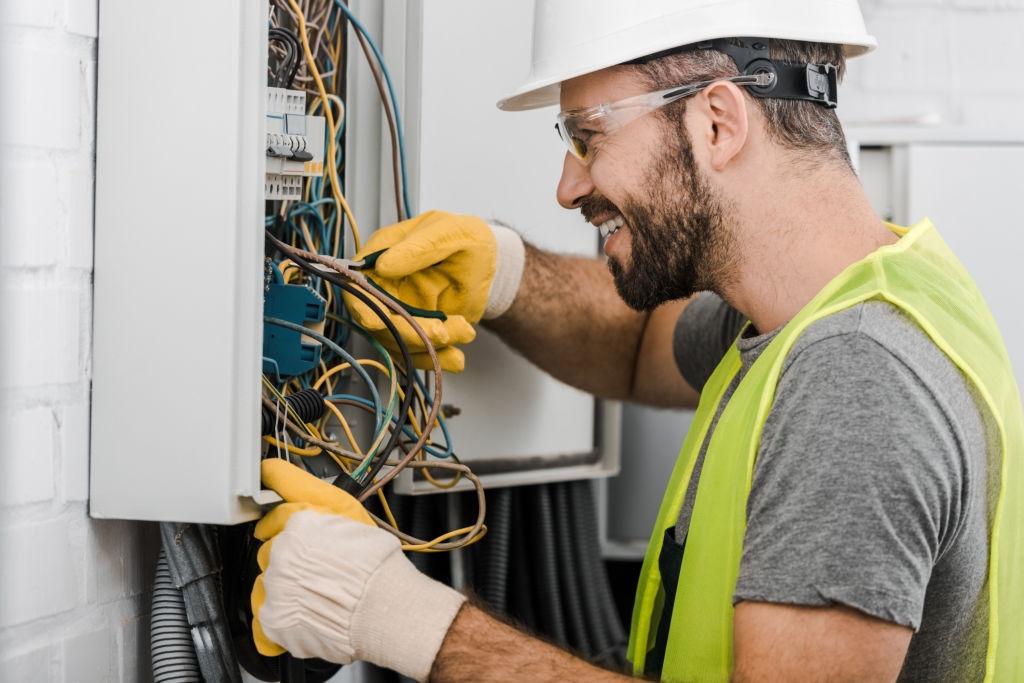 Electrician Bucuresti- ajutor de nadejde in orice situatie