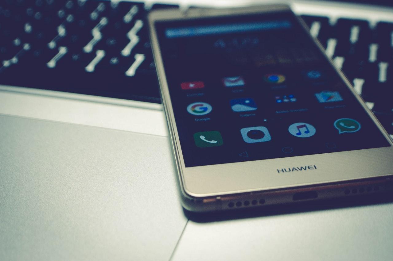 Declaratie CEO Huawei: inca putem fi nr.1 si fara Google