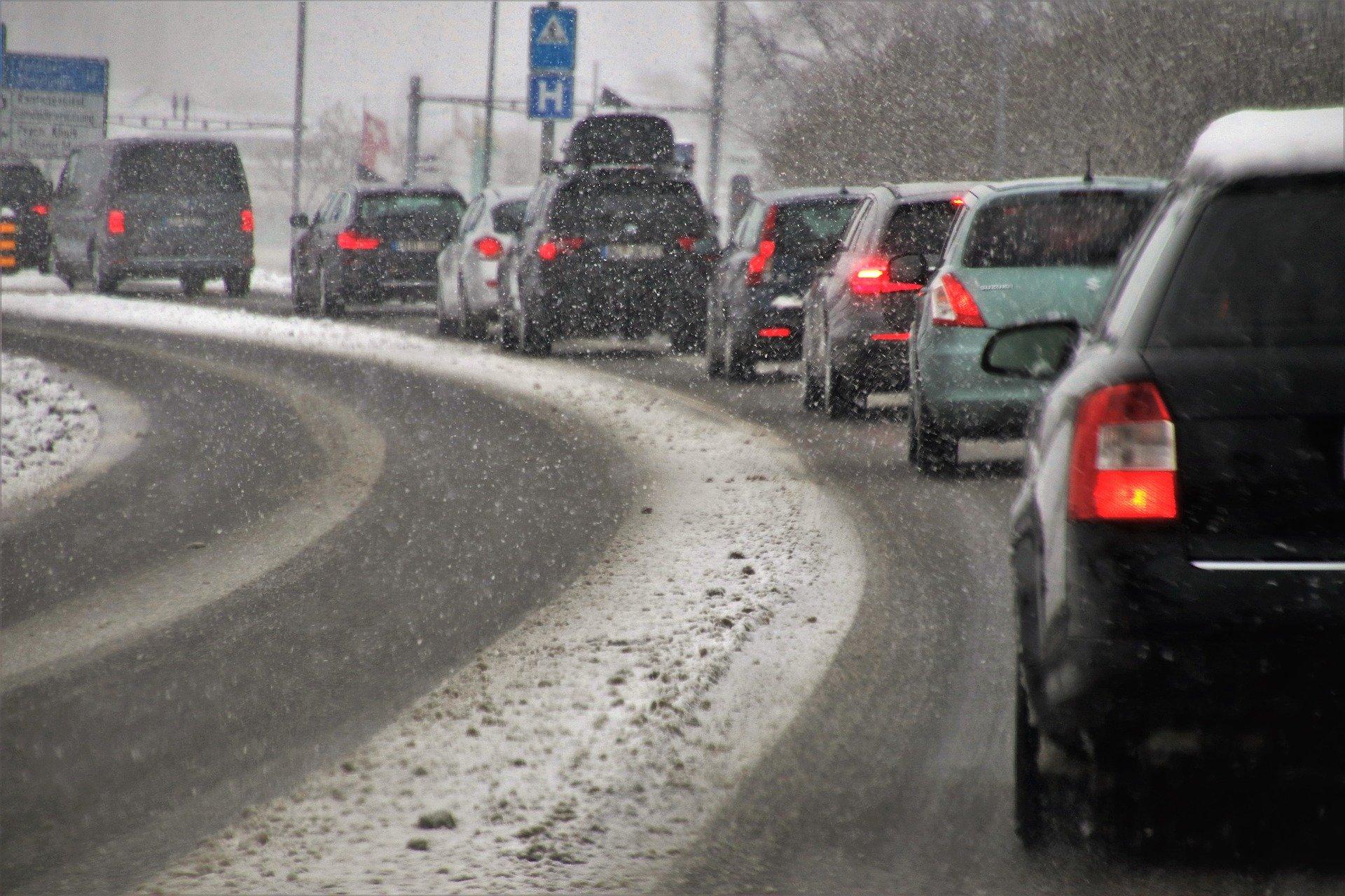 Turismul in sezonul de iarna: ce modalitati de transport prefera calatorii in preajma Craciunului?