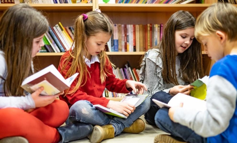 Mici trucuri care aprind dorinta de a citi la copii