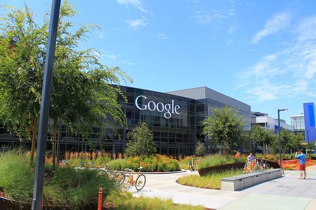 Compania Google construieste un oras. Apartamente, restaurante si centre comerciale pentru angajatii Google
