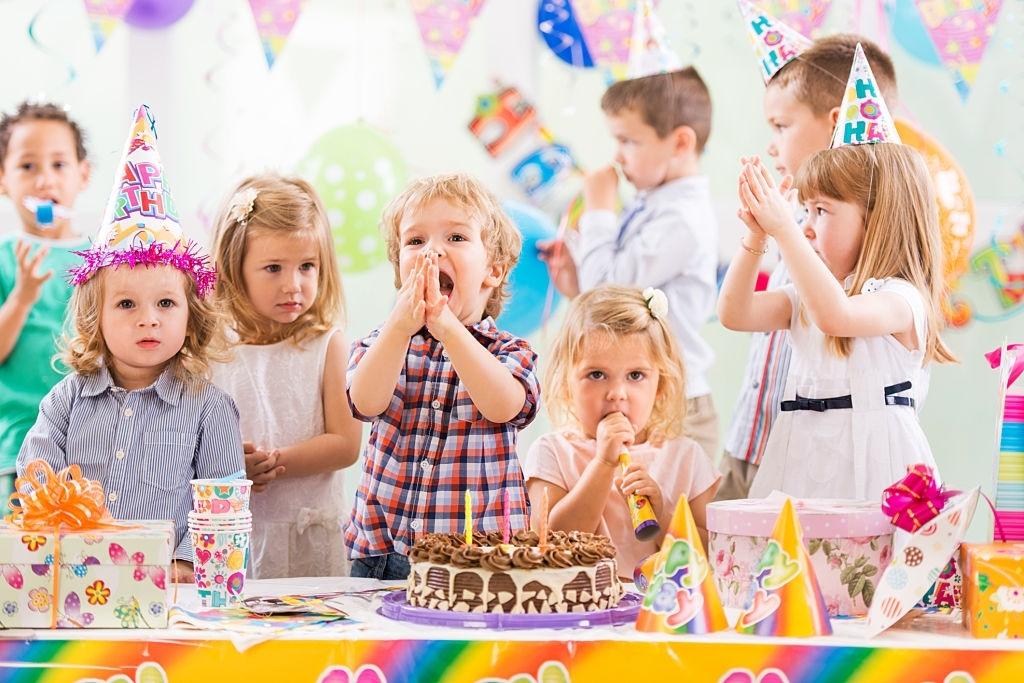 5 motive pentru care laser tag-ul ar putea fi alegerea ideala pentru petrecerile de copii