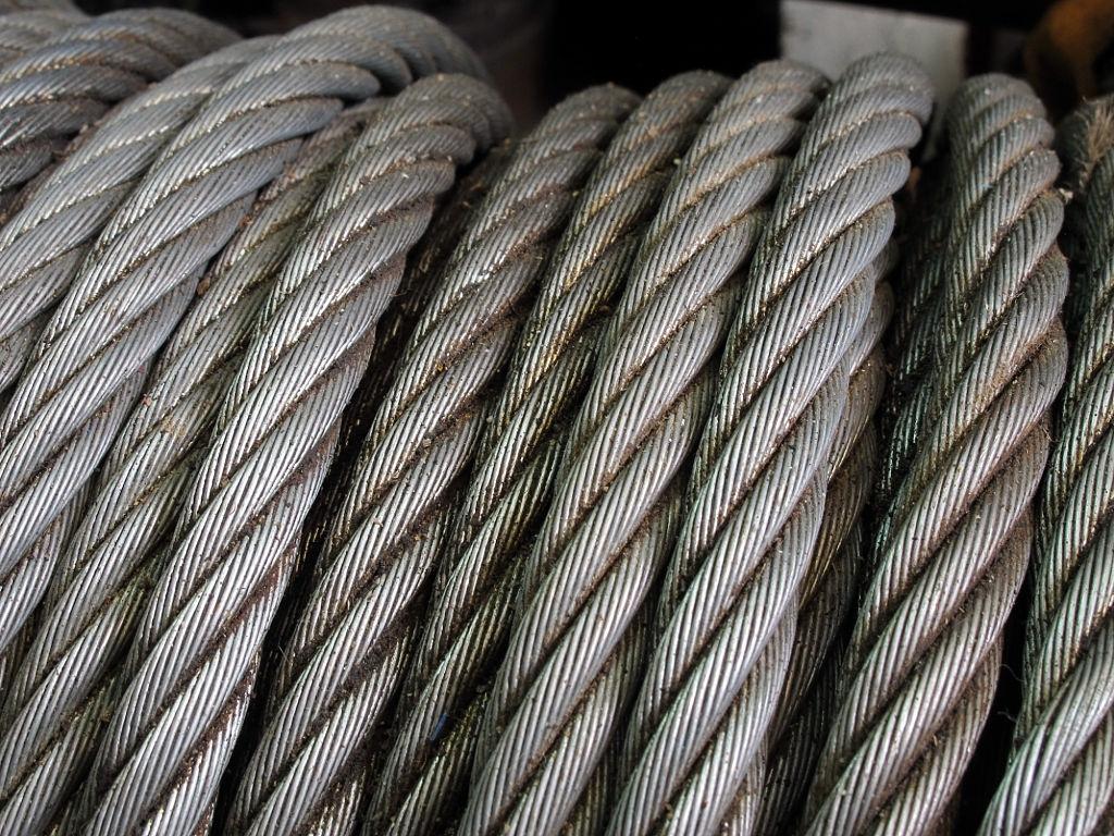 Care sunt caracteristicile de baza ale cablurilor de tractiune?