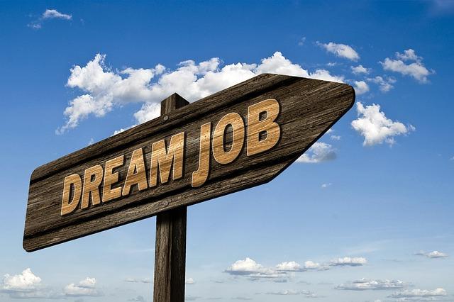 Patru site-uri de recrutare pe care sa le accesezi daca iti doresti un job. Beneficii pentru candidat si angajator